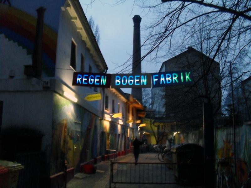 La suggestiva location che abbiamo trovato per l'evento, la Regenbogenfabrik